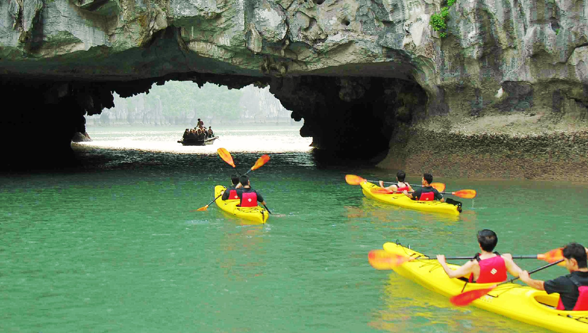 Halong Bay Kayaking Experience - 4 Days